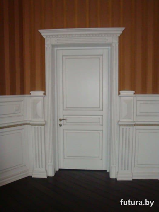 Gruntovanaia_dereviannaia_dver